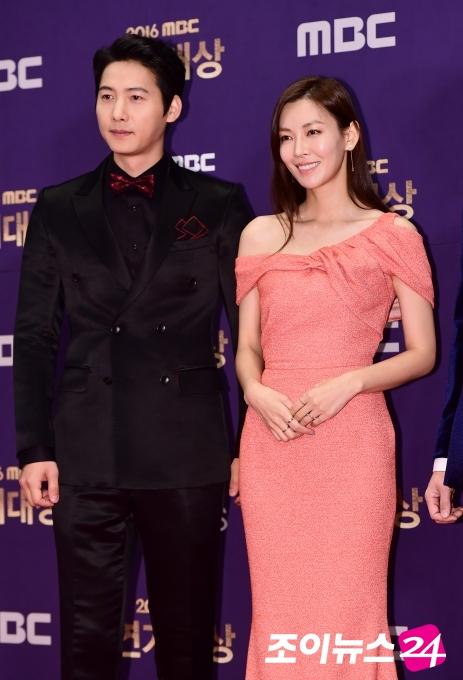 이상우♥김소연, 열애 9개월 만에 결혼
