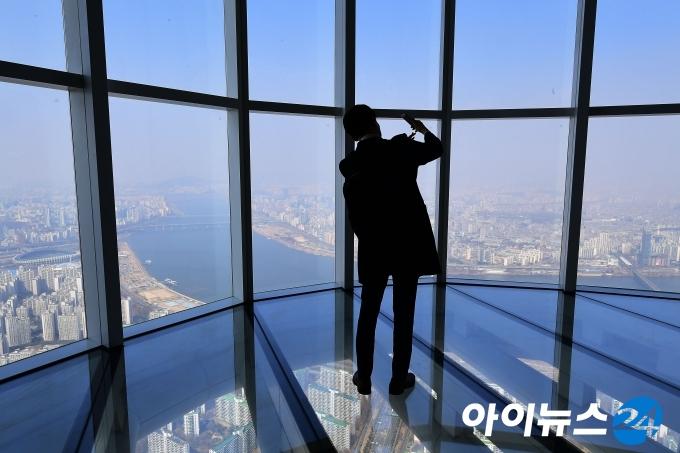 [포토]서울스카이, 세계 3위 전망대의 위엄